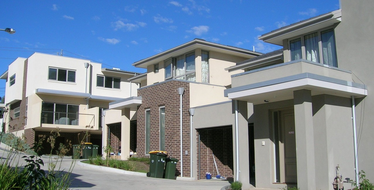 CANTERBURY Green townhouses